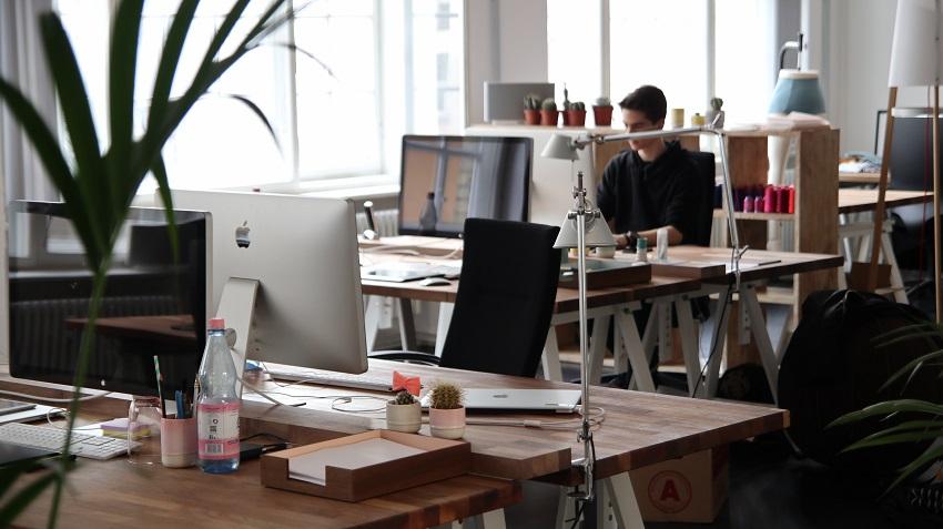 Vijf tips voor een duurzamer kantoor